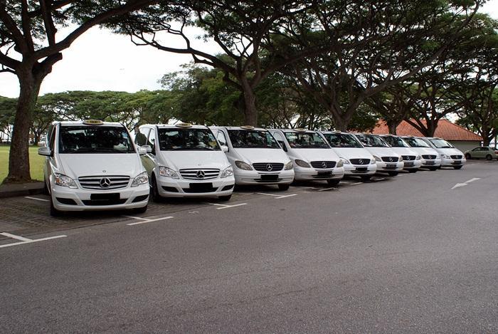 Maxi Cab SIngapore